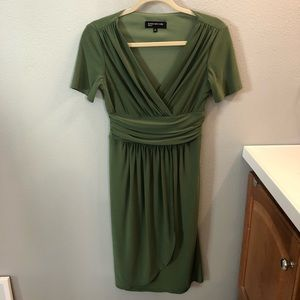 Jones New York Green Size 4 Dress